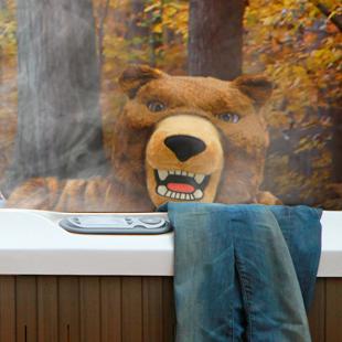 Ford Canada : 2013 Escape : Going Wild